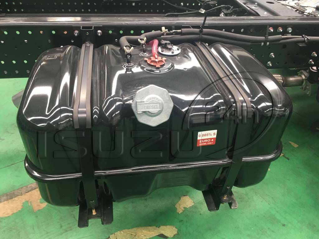 Bình dầu nhiên liệu xe tải Isuzu 5 tấn NQR 550 thùng dài 6.2m