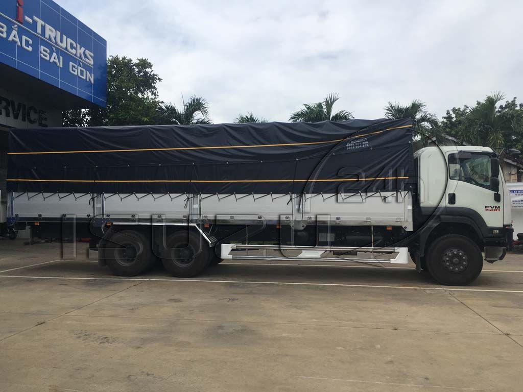 Cạnh hông xe tải Isuzu 15 tấn FVM 1500 thùng mui bạt bửng nhôm
