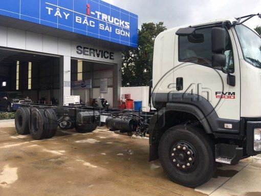 Cửa cabin bên phụ xe tải Isuzu 15 tấn FVM 1500