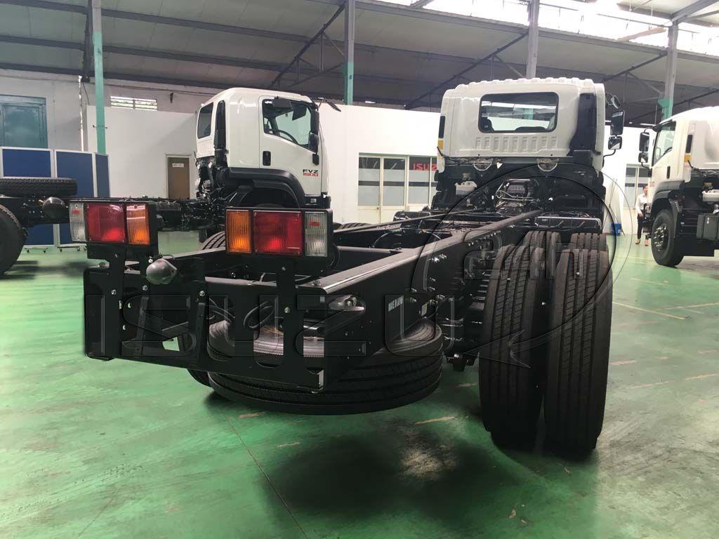 Đèn lái sau chassi xe tải Isuzu 15 tấn FVM 1500