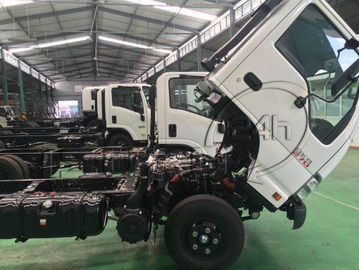 Góc lật cabin xe tải Isuzu Qkr 270 1t9 2t4