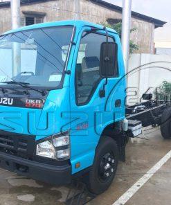 Phía trước cabin bên tài xe tải Isuzu Qkr 270 1t9 2t4