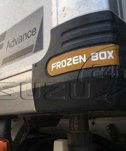 Bo góc thùng phía dưới xe tải Isuzu 1t9 thùng đông lạnh Quyền Auto