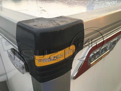Bo góc thùng xe tải Isuzu 1t9 thùng đông lạnh Quyền Auto