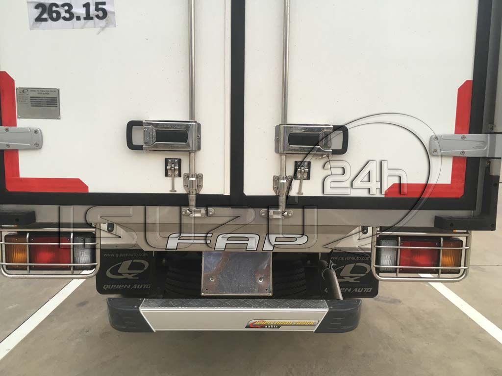 Cản sau xe tải Isuzu 1t9 thùng đông lạnh Quyền Auto