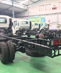 Chassi Xe tải Isuzu FRR 650 6t thùng dài 6m7