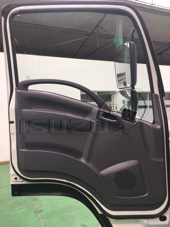 Cửa cabin Xe tải Isuzu FRR 650 6t thùng dài 6m7