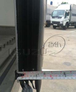 Độ dày panel cửa xe tải Isuzu 1t9 thùng đông lạnh Quyền Auto