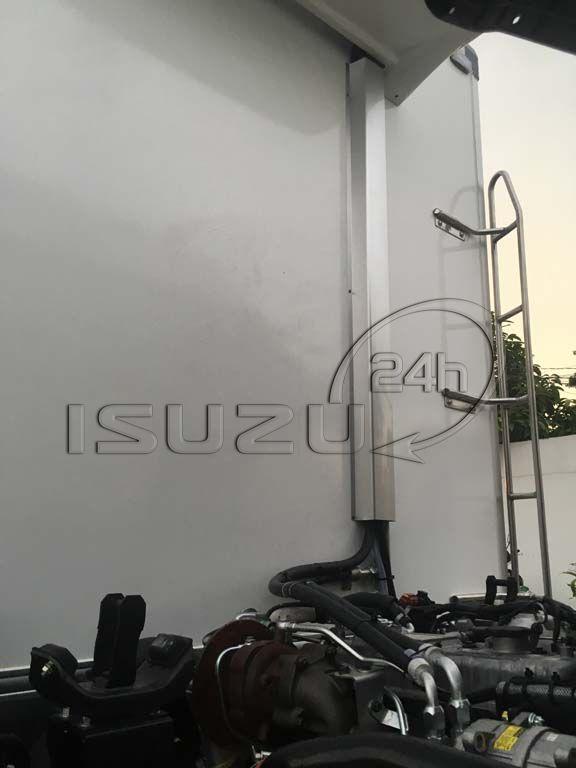 Đường ống ga xe tải Isuzu 1t9 thùng đông lạnh Quyền Auto