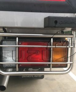 Khung inox bảo vệ đèn lái sau xe tải Isuzu 1t9 thùng đông lạnh Quyền Auto