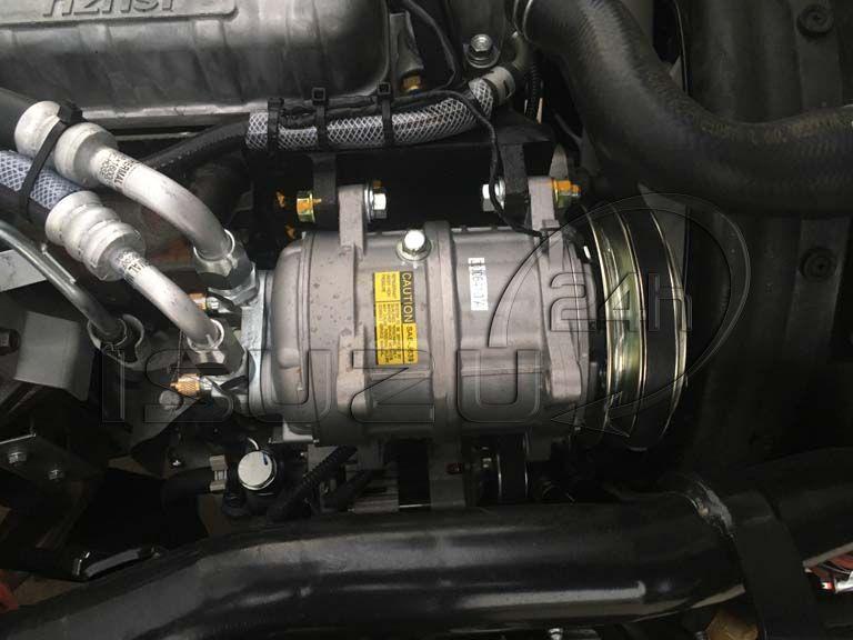 Lốc lạnh xe tải Isuzu 1t9 thùng đông lạnh Quyền Auto