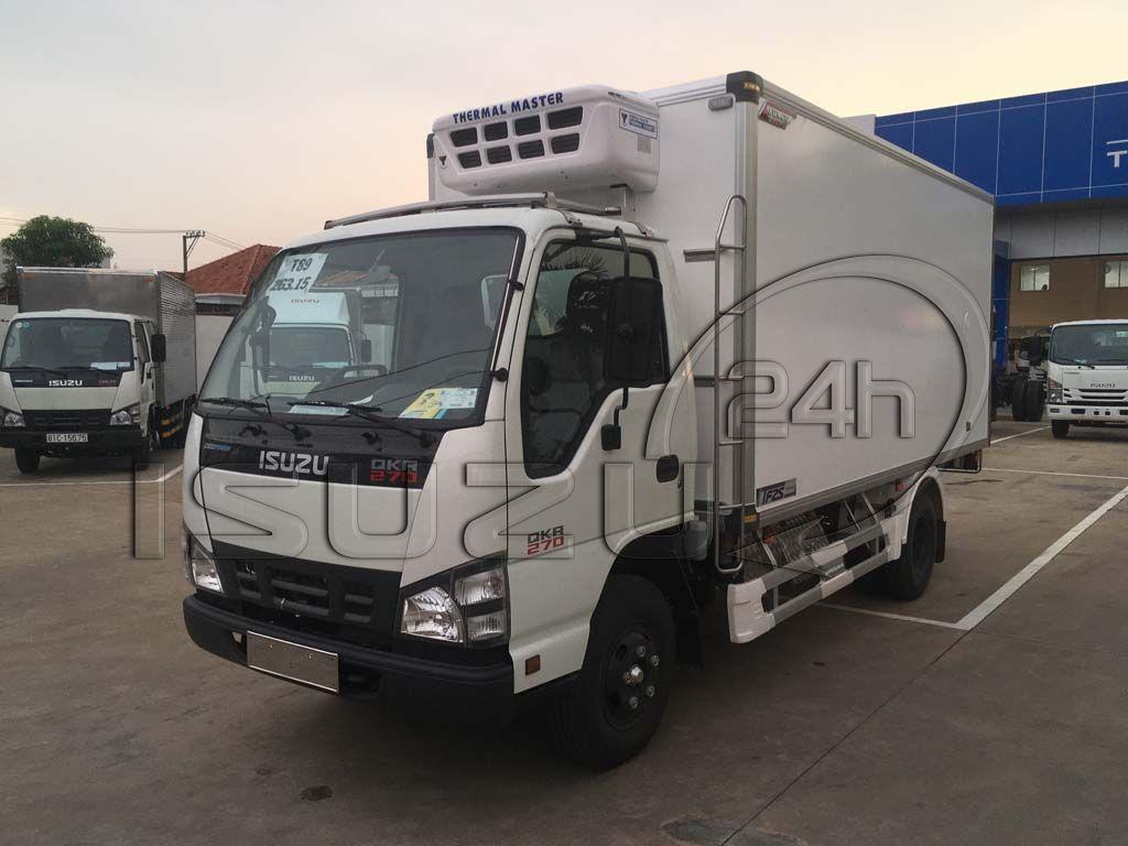 Góc nhìn tổng quát bên tài xe tải Isuzu 1t9 thùng đông lạnh Quyền Auto
