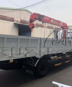 Xe tải Isuzu FRR 650 6T5 thùng lửng gắn cẩu Unic 370