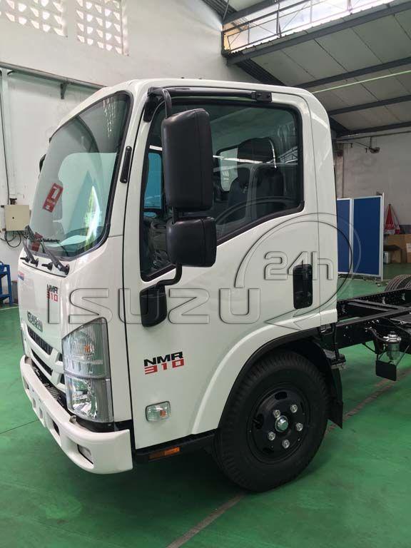 Cửa cabin bên tài xe tải Isuzu 1T9 đầu vuông nhập Nhật NMR 310