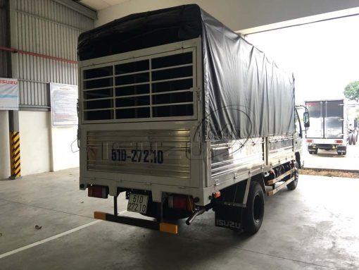 Xe tải Isuzu 1T9 QKR 270 thùng mui bạt Inox chính hãng