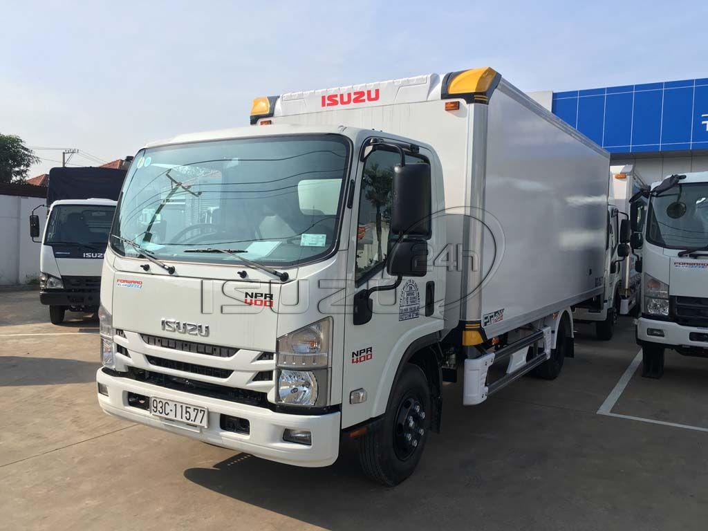 Xe tải Isuzu NPR 400 3T5 thùng kín Composite bảo ôn