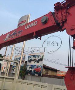 Cẩu Unic 8 tấn 4 khúc xe tải Isuzu 15 tấn FVM 1500 thùng lửng gắn cẩu Unic 800 8 tấn 4 khúc