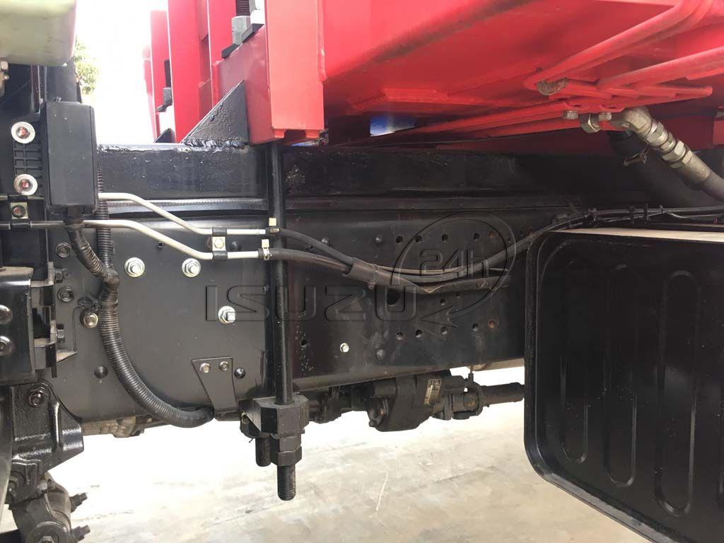 Chân gối cẩu xe tải Isuzu 15 tấn FVM 1500 thùng lửng gắn cẩu Unic 800 8 tấn 4 khúc