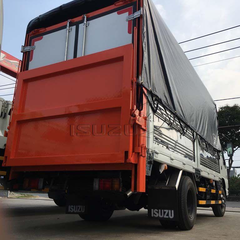 Xe tải Isuzu QKR 270 1T9 gắn bửng nâng hạ hàng