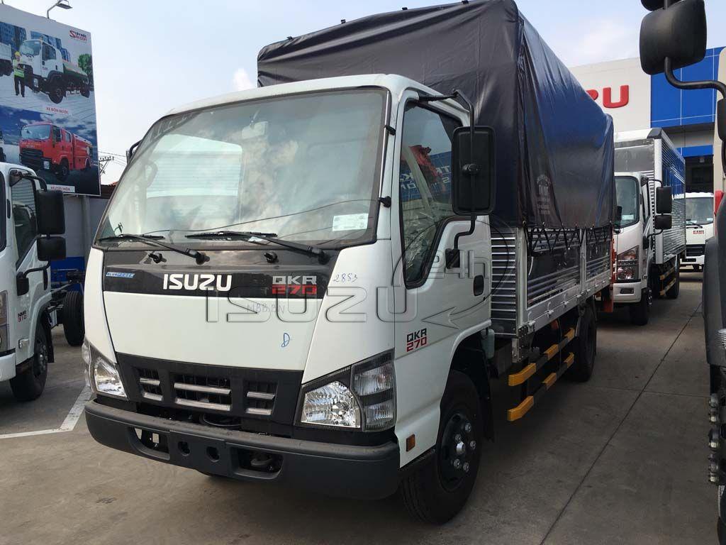 Phía trước xe tải Isuzu QKR 270 1T9 gắn bửng nâng hạ hàng