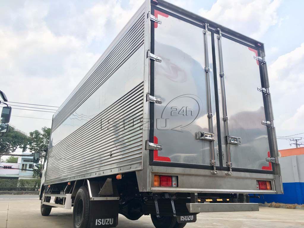 Tổng quát thùng xe tải Isuzu 5T NQR 550 thùng kín full Inox