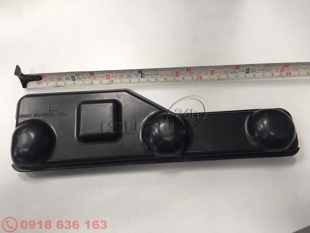 Nắp che chống nước đèn lái sau bên trái (L) dành cho xe tải Isuzu NQR 550 5tấn