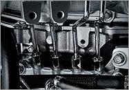 Hệ thống ống phun nhiêu liệu bằng kim loại trên động cơ xe tải ISUZU 4JJ1 4JH1 4HK1
