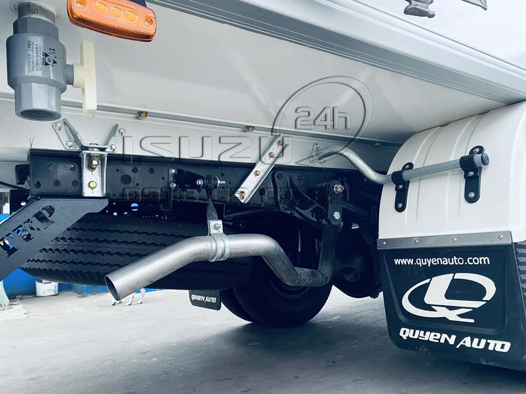 Sàn xe tải Isuzu QKR270 Thùng Kín Bảo Ôn Quyền Auto F2LB